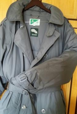 Tobulos kokybės Toyo Menka pilkas vyriškas žieminis pūkinis paltas