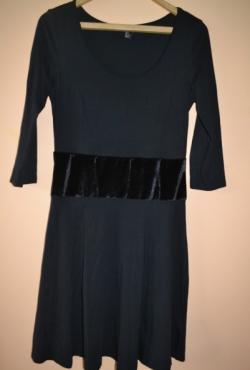 Juodas H&M suknelė
