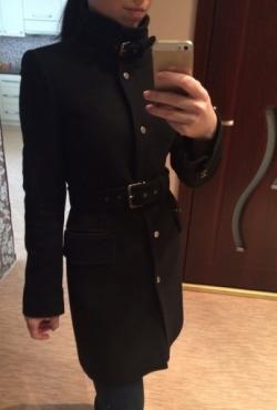 Juodas Zara paltas