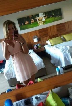 Atvira vasariška suknelė