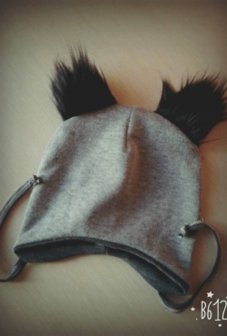 Kepurė su kailinėmis ausytėmis