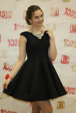 Tobula juoda suknelė