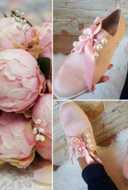 Rudeniniai rožiniai batukai